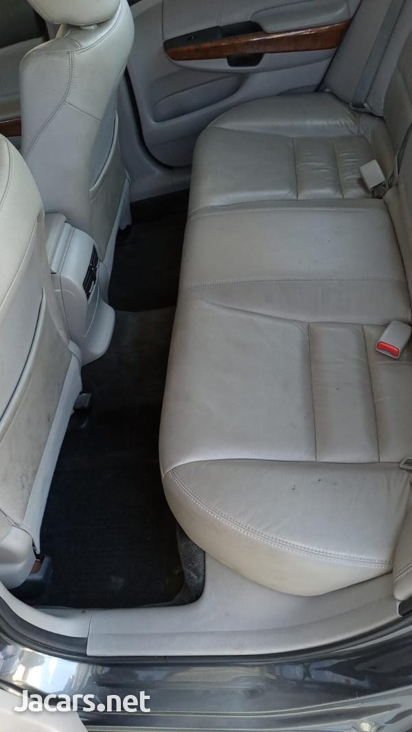 Honda Accord 2,0L 2012-6