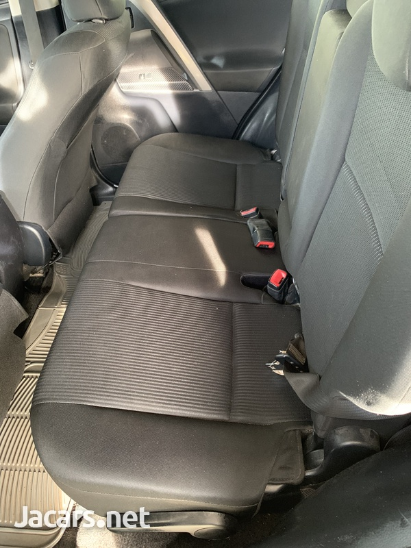 2014 Toyota Rav4-4