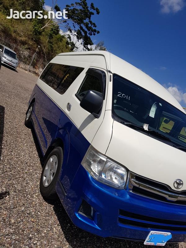 Toyota Hiace Bus 2,7L 2011-10