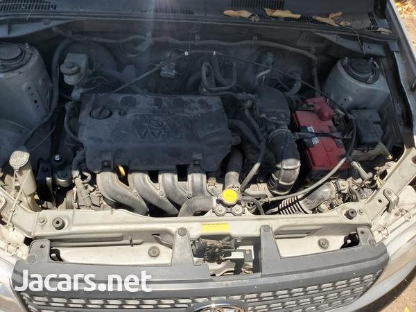 Toyota Probox 1,0L 2013-3