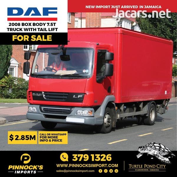 2008 DAF Box Body 7.5T Truck-1