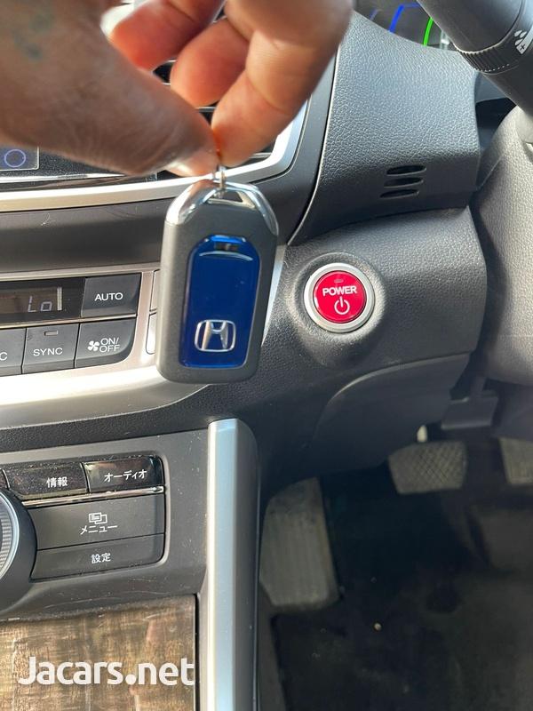 Honda Accord 2,4L 2013-10