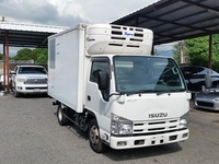 Isuzu Box Body Truck 3,0L 2011