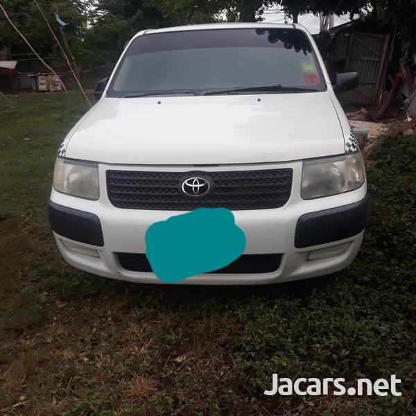 Toyota Succeed 1,4L 2012-1