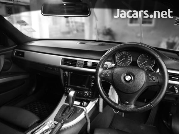 BMW 3-Series 2,5L 2010-3