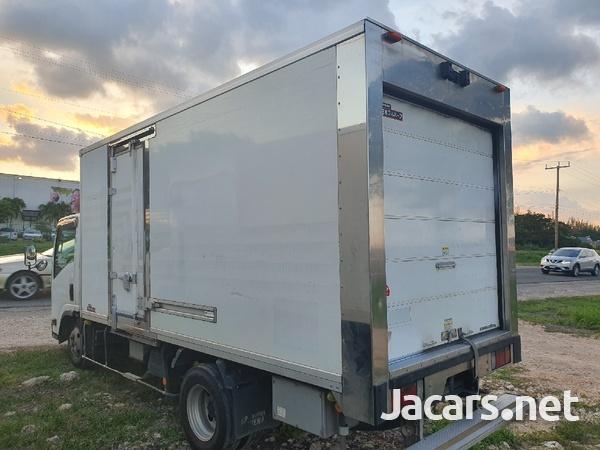 2012 Izusu Elf freezer truck-2