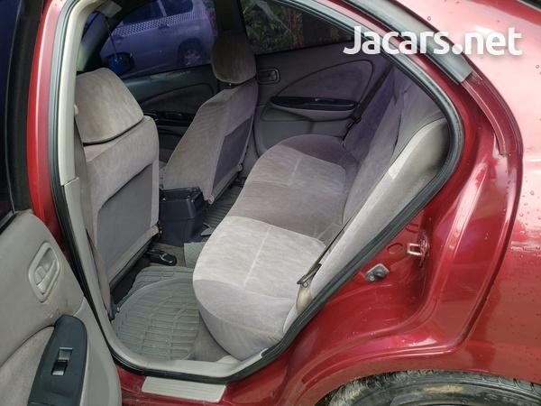 Nissan Almera 1,6L 2001-6