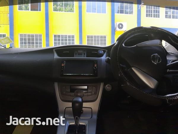 Nissan Sylphy 1,5L 2013-4