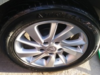 2013 Nissan Sentra / Sylphy rims with tyres 16 inch.