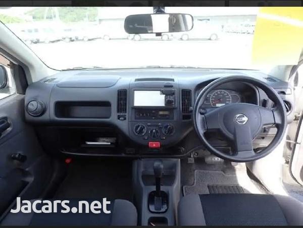 Nissan AD Wagon 1,3L 2016-3