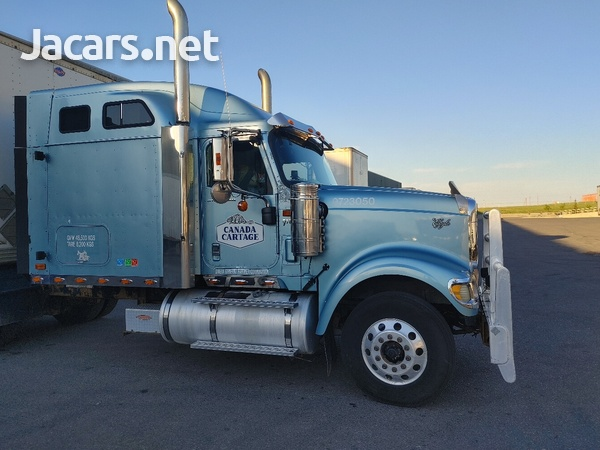 2007 International 9900i Truck-1
