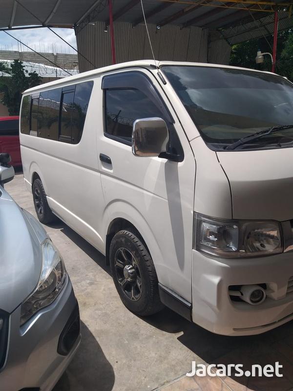 2006 Toyota Hiace Bus-3