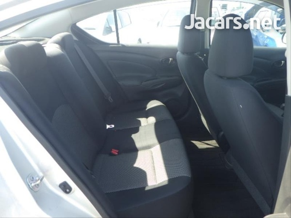 Nissan Latio 1,2L 2016-6