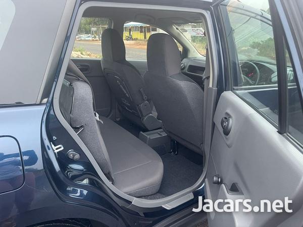 Nissan AD Wagon 1,5L 2016-7