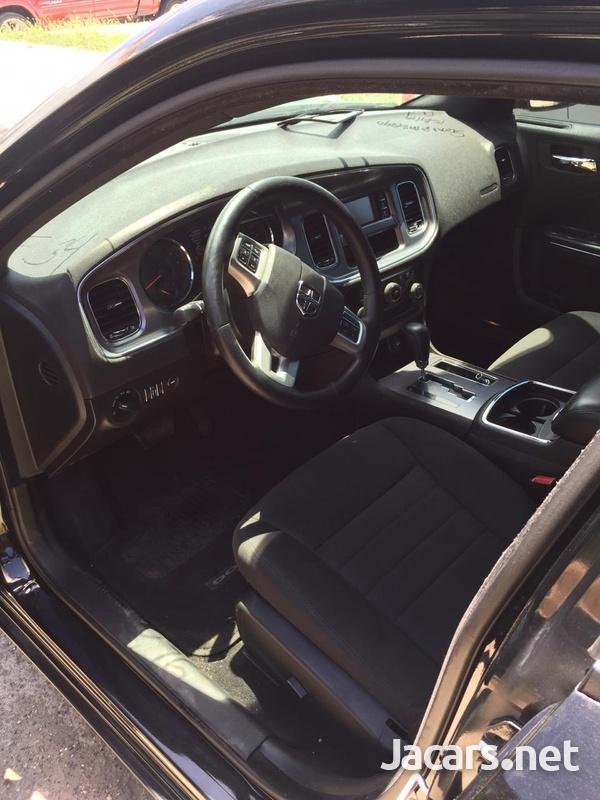 Dodge Charger 2,5L 2014-6