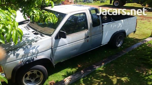 1988 Nissan Cab Plus 2,4L 1988-3