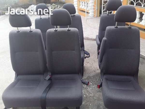 ONE SET OF TOYOTA HIACE SEATS WITH HEAD REST.876 3621268