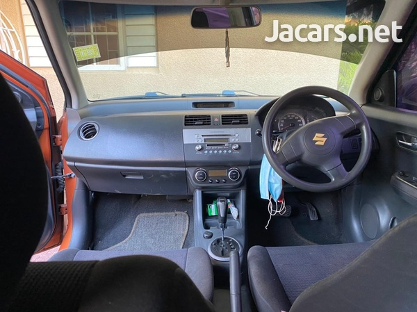 Suzuki Swift 1,3L 2005-1