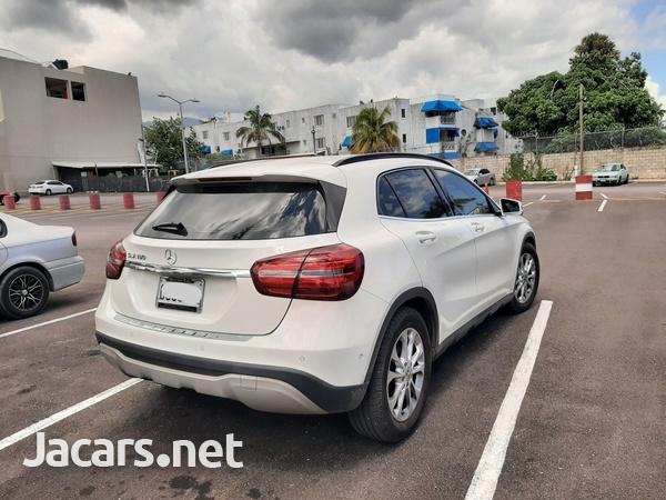 Mercedes-Benz GLA-Class 1,6L 2018-5