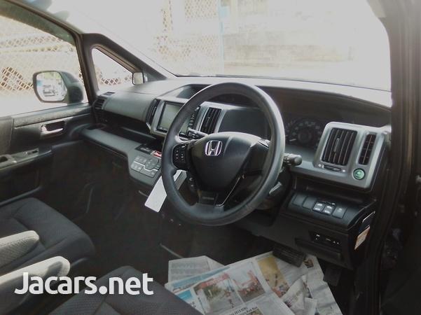 Honda Step wagon 2,0L 2011-8