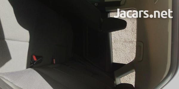 Toyota Scion 2,0L 2016-10