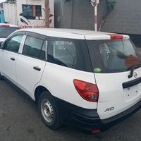 Nissan AD Wagon 0,4L 2015