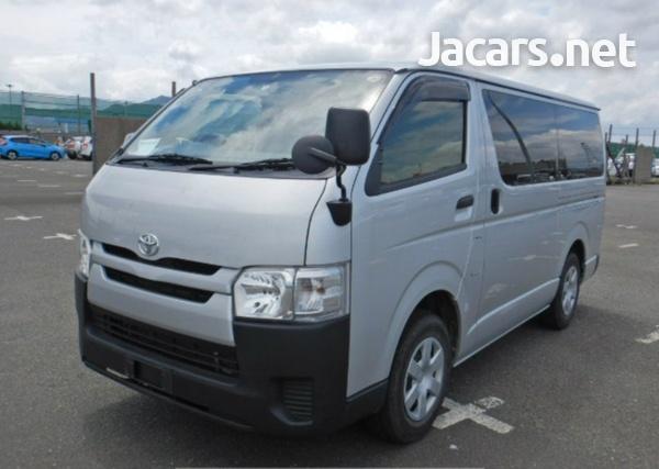 2017 Toyota Hiace Bus-1