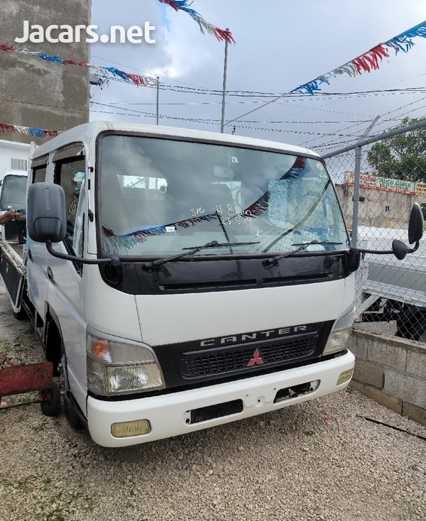 2005 Mitsubishi Canter Double Cab Truck-4