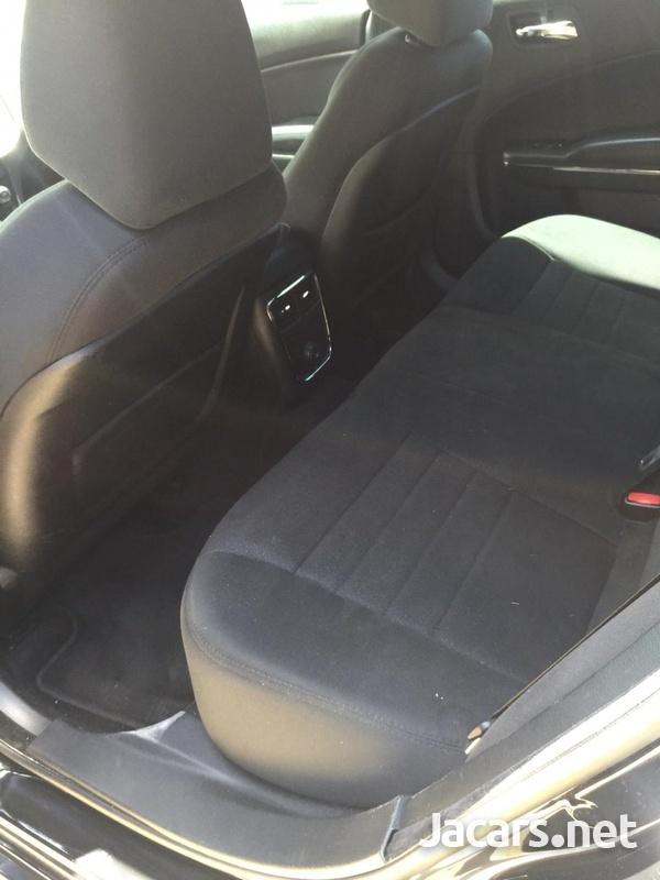 Dodge Charger 2,5L 2014-4