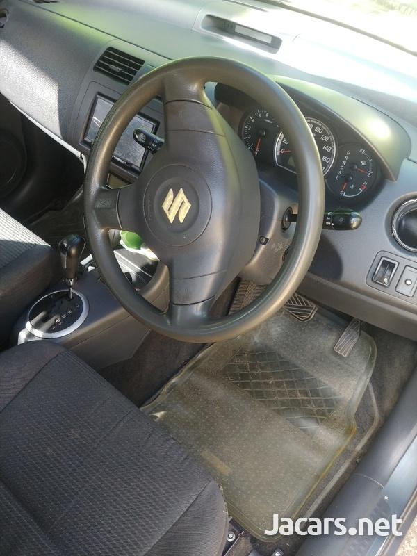 Suzuki Swift 1,3L 2010-5