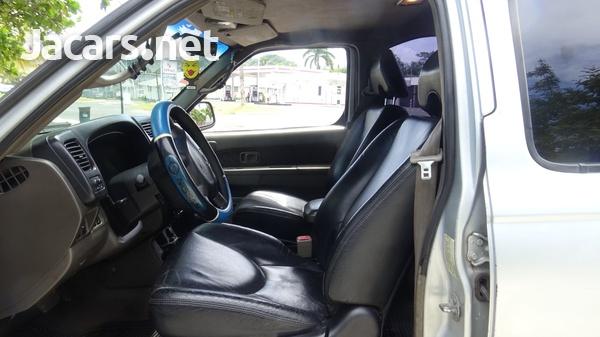 Nissan Xterra 3,0L 2001-4