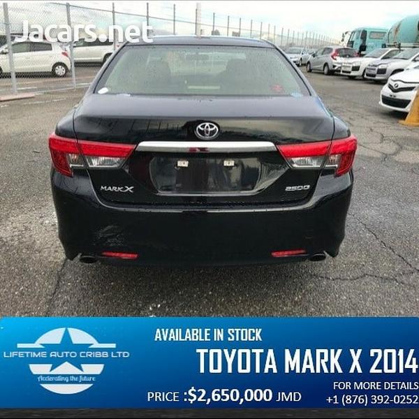 Toyota Mark X 2,5L 2014-8