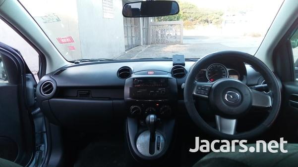 Mazda Demio 1,5L 2012-7