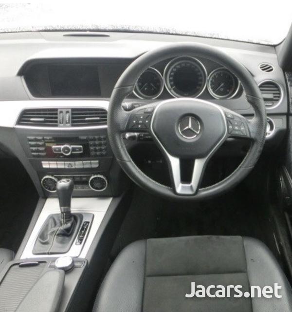 Mercedes-Benz C-Class 1,8L 2014-6