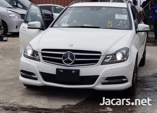 Mercedes-Benz C-Class 1,8L 2014-1