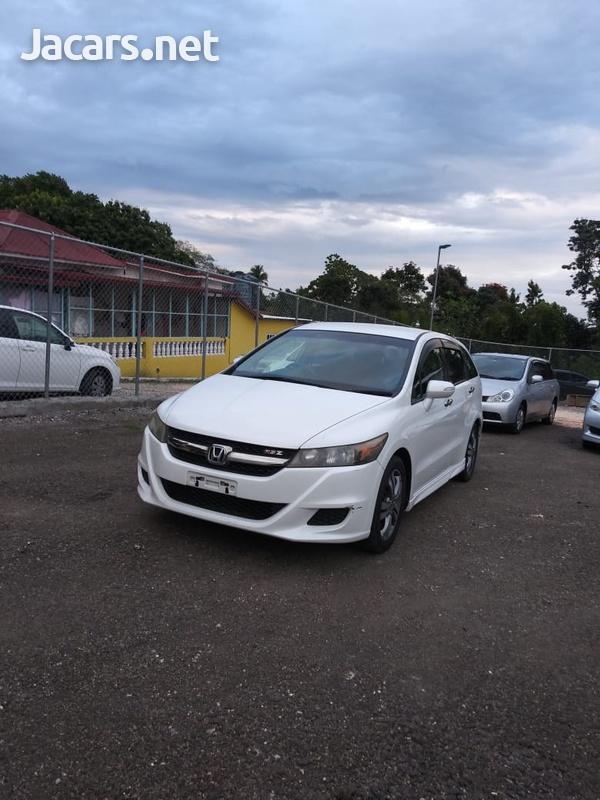 Honda Stream 1,8L 2013-4