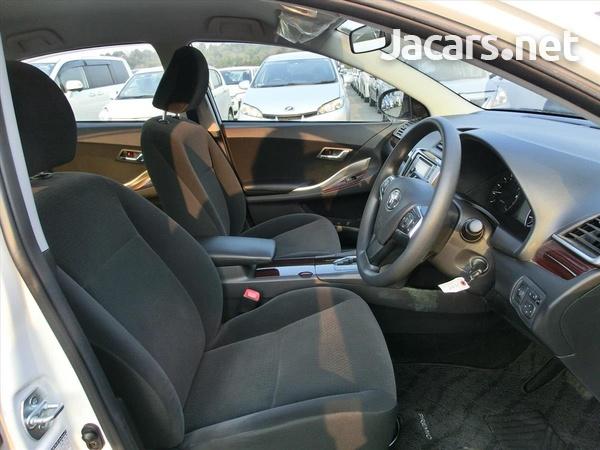 Toyota Premio 1,5L 2016-6