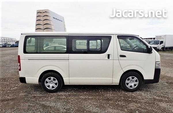 Toyota Hiace Bus 2,0L 2014-7