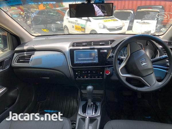 Honda Grace 1,5L 2019-5