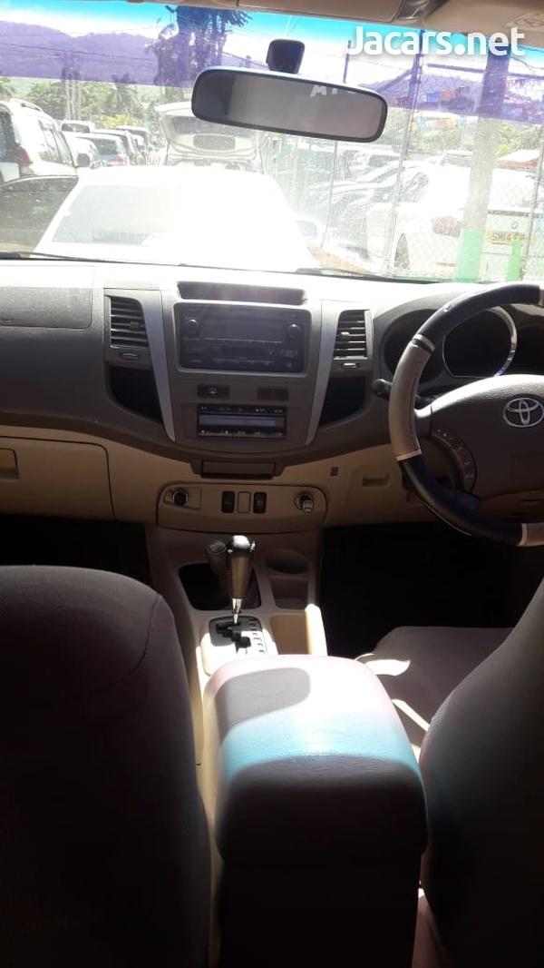 Toyota Fortuner 2,7L 2008-9