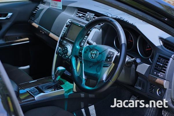 Toyota Mark X 2,5L 2016-10