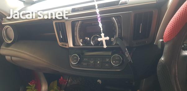 Toyota RAV4 2,5L 2014-6