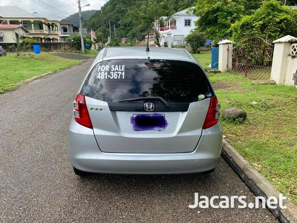 Honda Fit 1,5L 2010-8