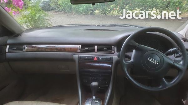 Audi A6 1,8L 1999-6