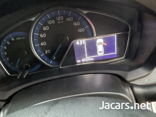 Toyota Axio 1,5L 2014-10