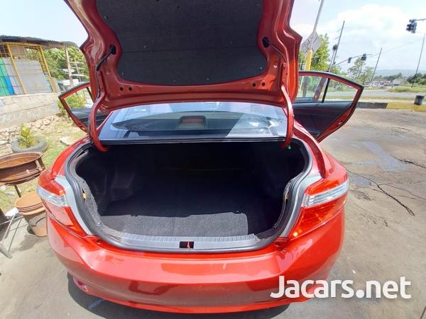 Toyota Yaris 1,3L 2017-7