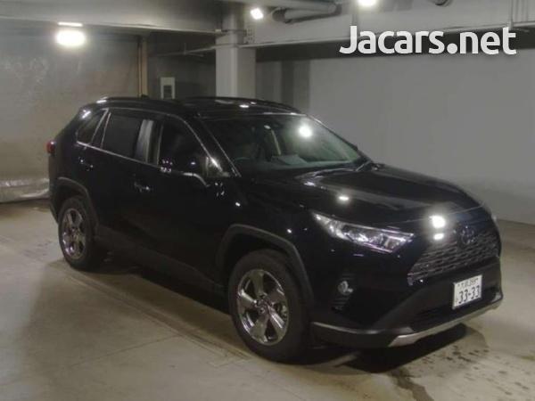 Toyota RAV4 1,9L 2020-1