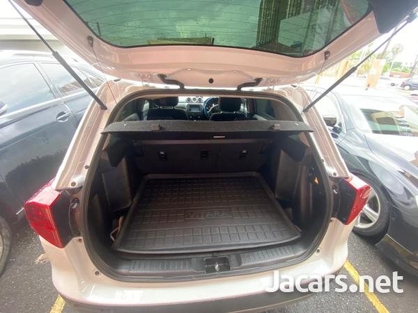 Suzuki Vitara 1,5L 2019-5