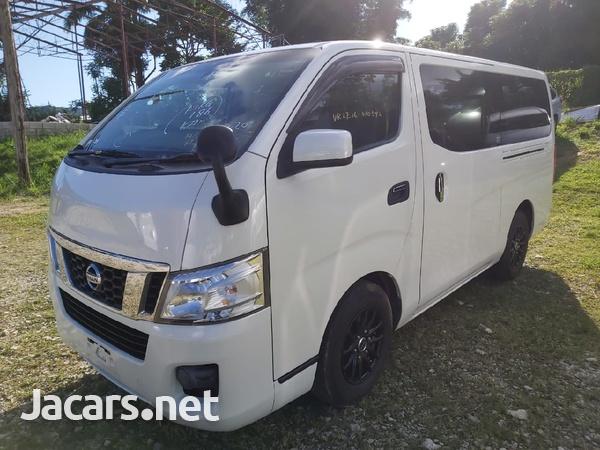 White 2013 Nissan Caravan-4