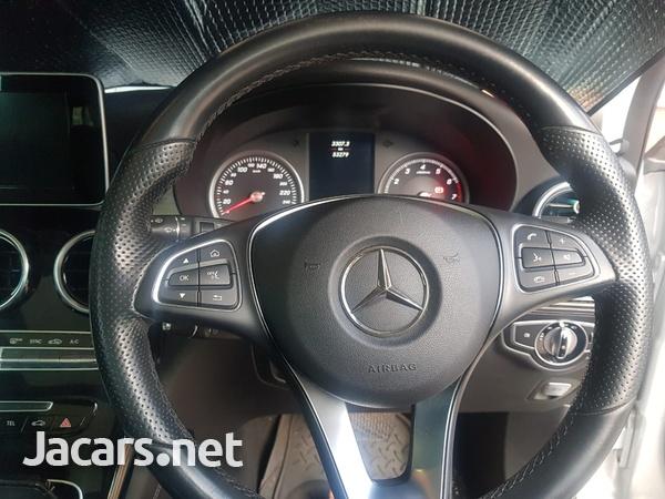 Mercedes-Benz GLC-Class 2,5L 2017-11